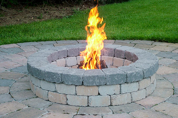 Chateau Wall™ Fire Pit Kit Sandstone Blend Charcoal Cap